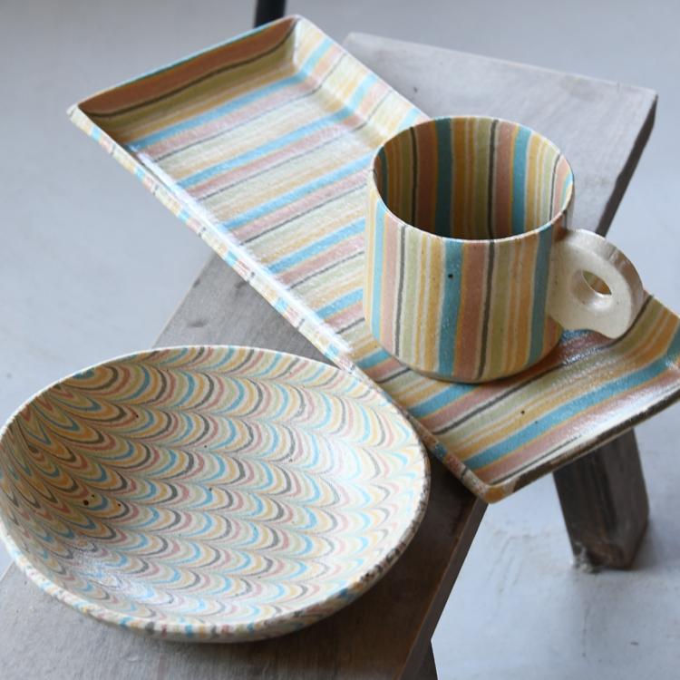 食卓をパッと華やかに。酒井美華さんが作る、irodori窯の器