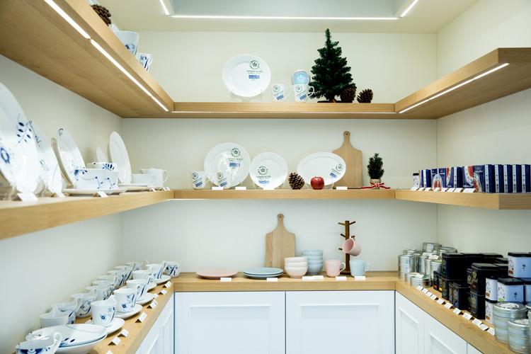 デンマーク王室御用達の器でご当地料理をカジュアルに体験 「nordics(ノルディクス)」