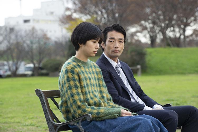 佐久間由衣さん×村上虹郎さん「恋愛は追われるより追いかけたい」
