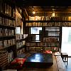 """酒と""""文士料理"""" 築100年の古書店が再オープン"""