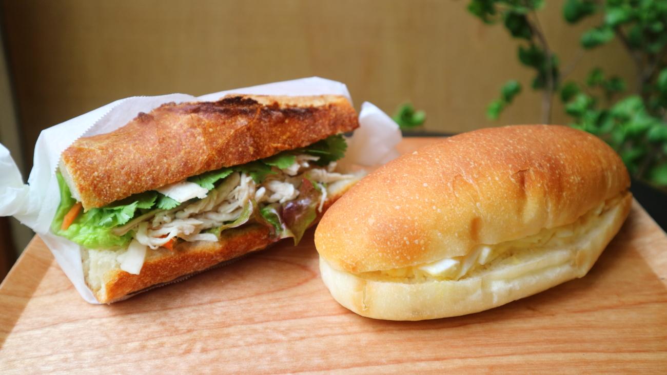 「最高っていうより、毎日食べてちょうどいい」特別なあんこパンに田舎パン/秋日和