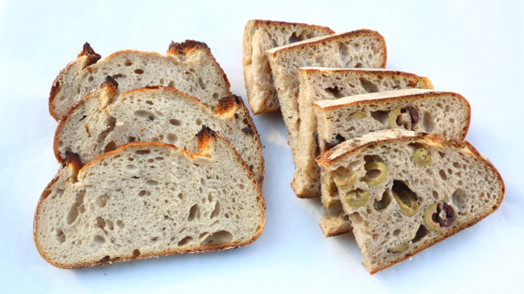 塩パンにサワードウ、クリームパン……四番町でかみしめる幸福感/No.4