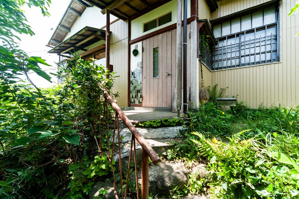 """""""お庭番""""のいる景色自慢の生活道具店「北鎌倉 morozumi」"""