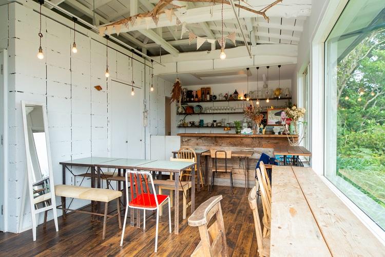 姉妹でいつか、語り合った夢のカフェを 海が見渡せる逗子の「N邸 N-Café」