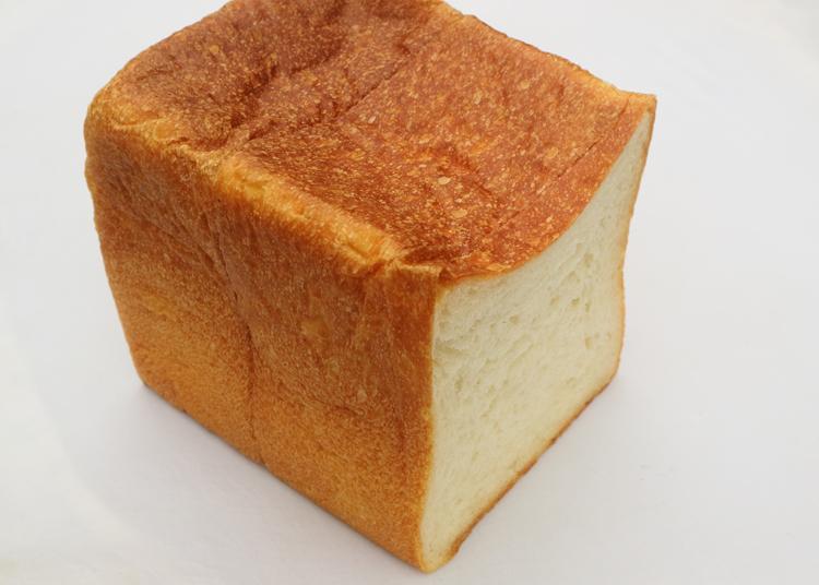 ぷりぷり、とろーり「全粒粉のハードトースト」。秘密は意外な発酵種に/ブーランジュリー ラニス