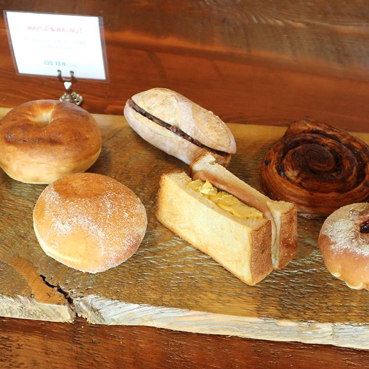 クリームあふれる揚げパン「マラサダ」。ハワイの風を運ぶ新店/KOMOPAN