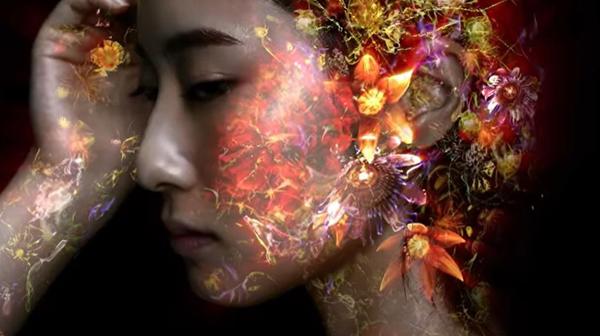 東信が「生命の美しさ」を動画で表現