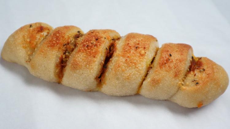 香ばしい皮、エアリーな食べ心地。新潟のワイナリーが生む珠玉のおつまみパン/コテアコテ