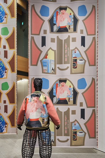 横尾忠則とイッセイミヤケの共作が示す、未来に向けた服のパワーと楽しさ