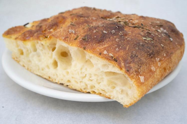 たまらなくふわふわ。「しっこり」食感もかなえた、至福のパネトーネ/ラ・ポルタ ディ フィオッキ