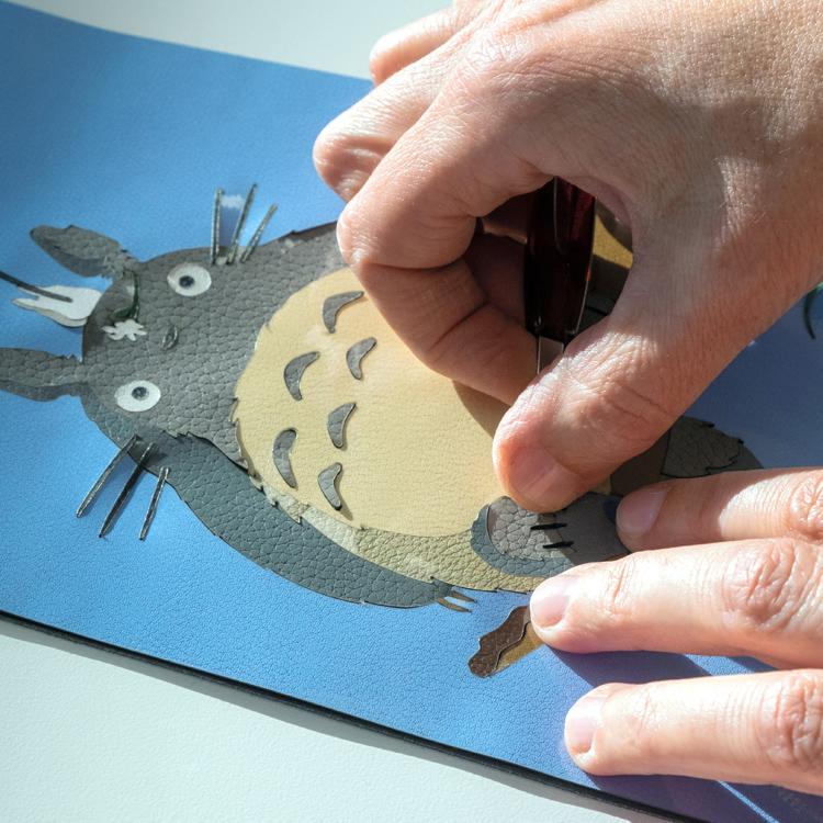 「ロエベ×となりのトトロ」カプセルコレクションを発売、自然への敬意を