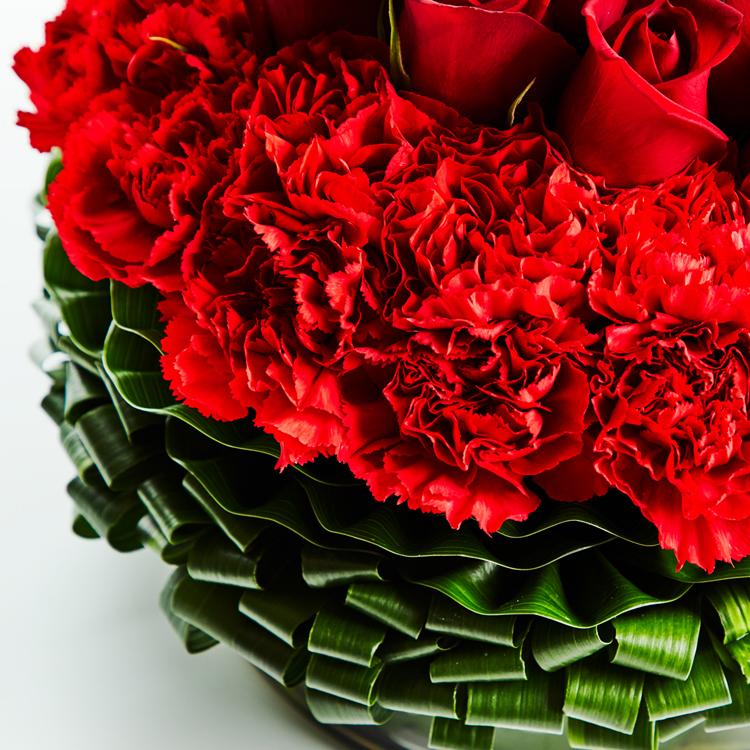亡き彼女へ捧げる、深紅のバラの詩画集がつないだ不思議なご縁