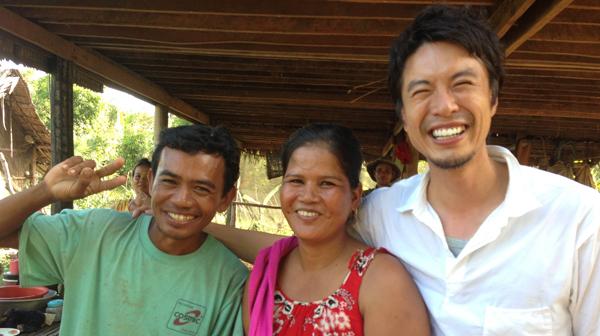 コウケンテツ、アジアの台所の思い出をエッセーに