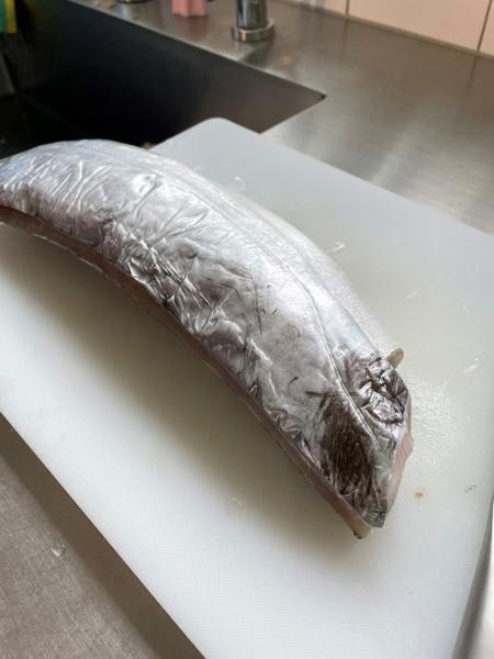 魚屋クリトモさんが教えてくれる、カレーに入れるとおいしい魚