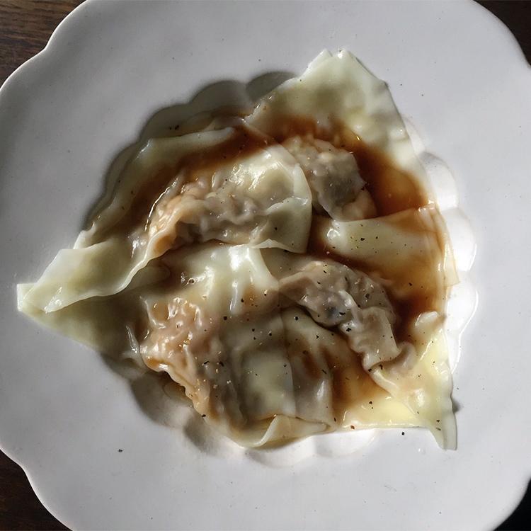 ほわほわ~ん食感の幸せ。冷凍保存に便利な、肉なしワンタン