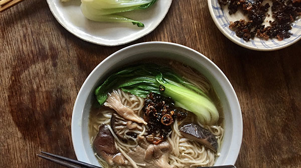 優しさとパンチ、どっちも欲しいときの汁麺