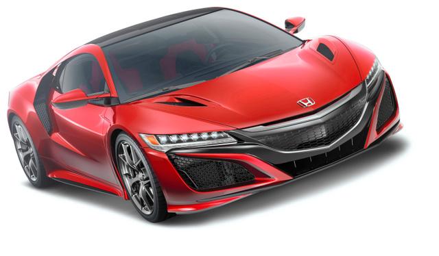 ホンダの新しい2人乗りスーパーカー「NSX」。三つのモーターを積んだハイブリッドシステムも導入した=同社提供
