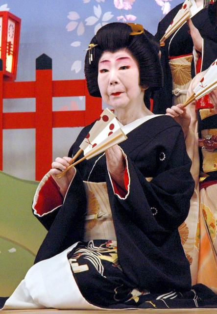 【おこしやす】訪日中のマクロン仏大統領、京都を訪問 舞妓さんから歓迎受ける ->画像>10枚