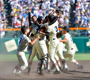 高校 野球 奈良 バーチャル 「バーチャル高校野球」地方大会含めて2,400試合を配信、見逃し配信も有料で提供