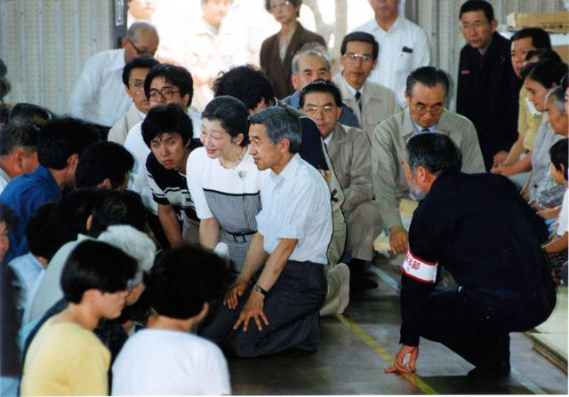 【東日本大震災】陛下「東北は私が行きます」 震災直後、石原知事は絶句★2 [無断転載禁止]©2ch.netYouTube動画>25本 ->画像>23枚