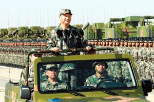 北京)異例ずくめの軍事パレード...