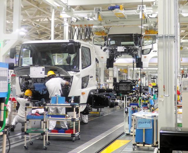 茨城)古河工場を報道陣に公開 日野自動車:朝日新聞デジタル