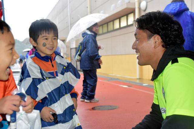 滋賀)県朝日会デーでMIO8試合ぶり勝利 JFL:朝日新聞デジタル
