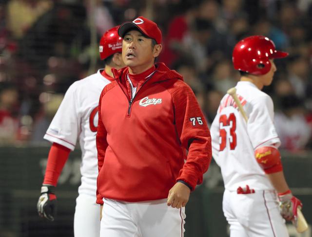 石井 琢朗 コーチ