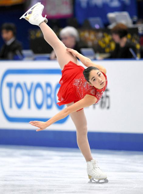 NHK杯の女子フリーで演技する長洲未来=白井伸洋撮影
