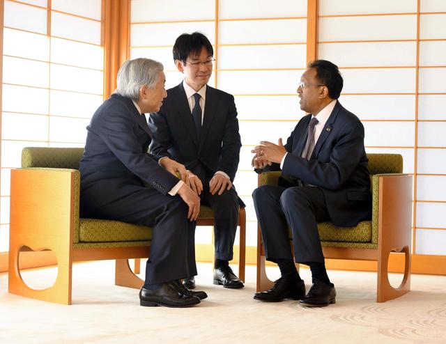 両陛下、マダガスカル大統領と会...