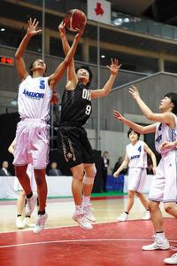 栃木)白おう大足利が前回王者に敗れる 女子バスケ