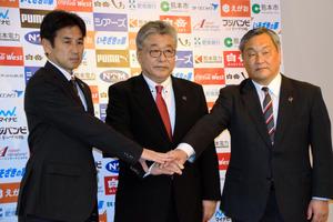 「屋台骨」との決別 J2熊本、体制一新で上位浮上狙う