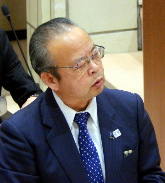 セクハラの疑い」狛江市長に市議...