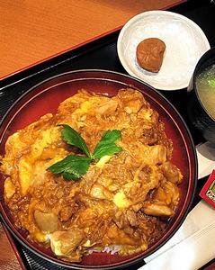 八丁味噌入り親子丼@JR赤羽駅