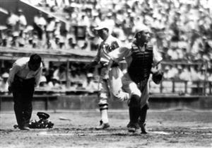 終戦で大会復活、困難の中喜び 北海道の高校野球史