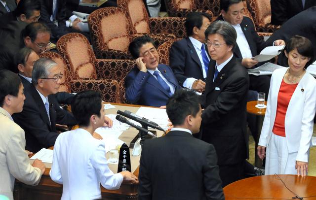 立憲の追及に首相「作られたストーリー」 委員会騒然:朝日新聞デジタル