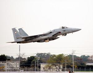 自衛隊のF15戦闘機、指示に反し...
