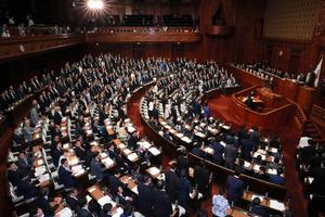 カジノ実施法案、衆院を通過 国...
