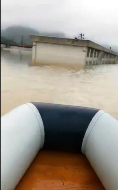 【Nice boat】助けに行かな 救命4時間、倒れるまでボートこいだ青年  ー 岡山県倉敷市 ->画像>15枚