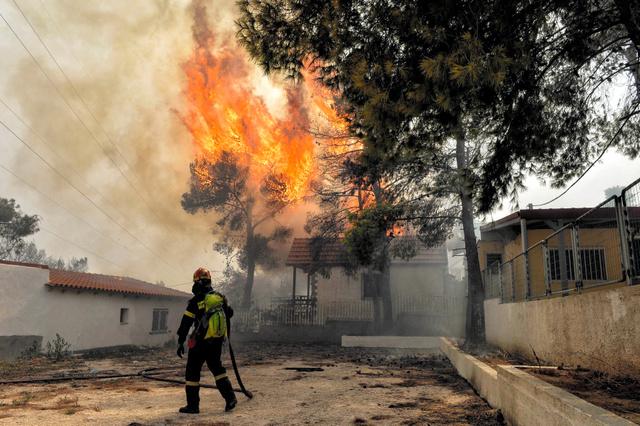 街が一気に…山林火災で70人以上...