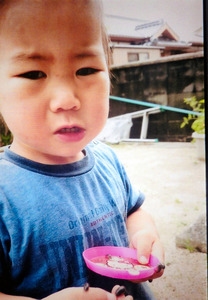 2歳男児が行方不明 海水浴に向か...
