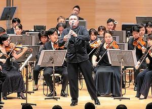 8月31日、「管弦楽」から=池上直哉氏撮影