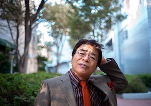 「三宅裕司さんを見つけたことが自分で偉いなと思う」。三宅さんは「俺が小倉を見つけたんだ」と言ってくれた=東京都渋谷区桜丘町、篠田英美撮影