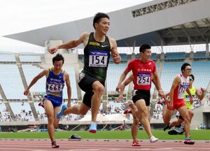 山県、10秒01で桐生に圧勝 陸上...