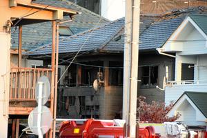 住宅全焼、6人の遺体 70代夫婦や孫の男児らか 仙台