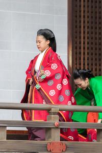 絢子さま、皇室を離れる儀式 結婚控え、宮中三殿拝礼:朝日新聞デジタル