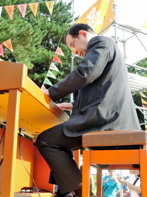 共産党の志井委員長が高級趣味のピアノをひけらかす →自民党から揶揄するヤジにブチギレ