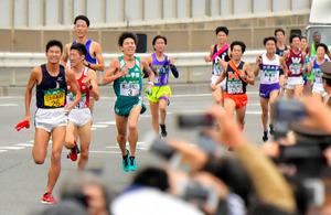 学連選抜の関学大・石井、1区で...