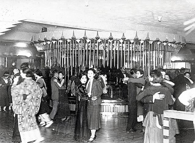 あのとき・それから)1883年 鹿鳴館開館 麗しきダンス、身近に多彩 ...