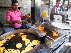 (地球を食べる)揚げ物大国インド